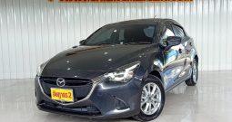 Mazda 2 Skyactiv 1.3 Hatchback เกียร์AT ปี61/17 ราคา 399,000 บาท
