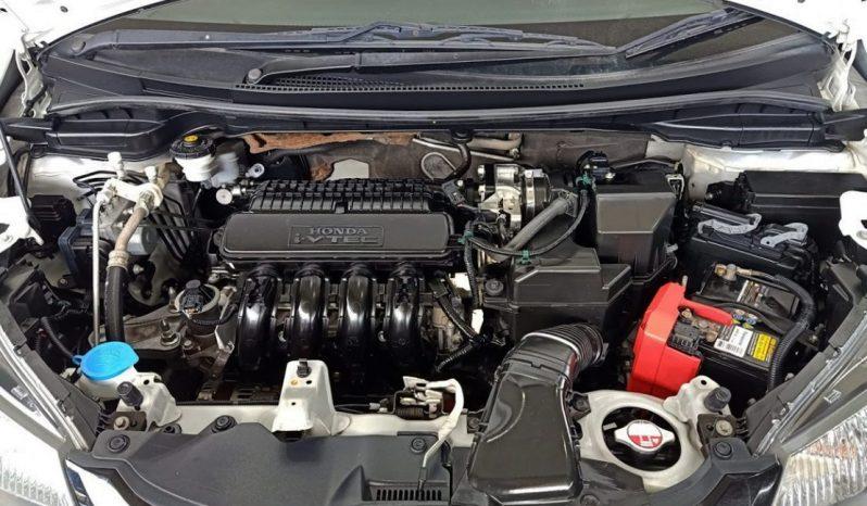 Honda Jazz 1.5 SV เกียร์ AT ปี58/15 ราคา 479,000 บาท full