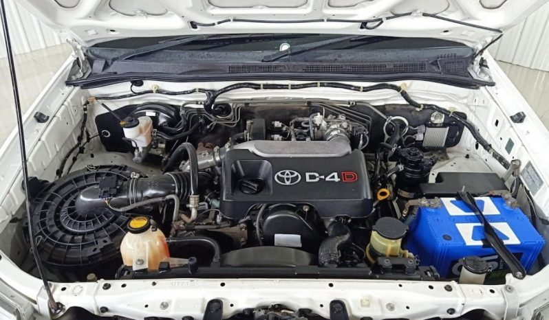 Toyota Vigo Singlecab 2.5 J เกียร์ MT ปี54/11 ราคา 250,000 บาท full