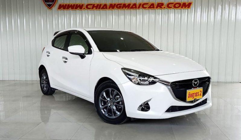 Mazda 2 Skyactive hacthback เกียร์AT ปี61/17 ราคา 440,000 บาท full